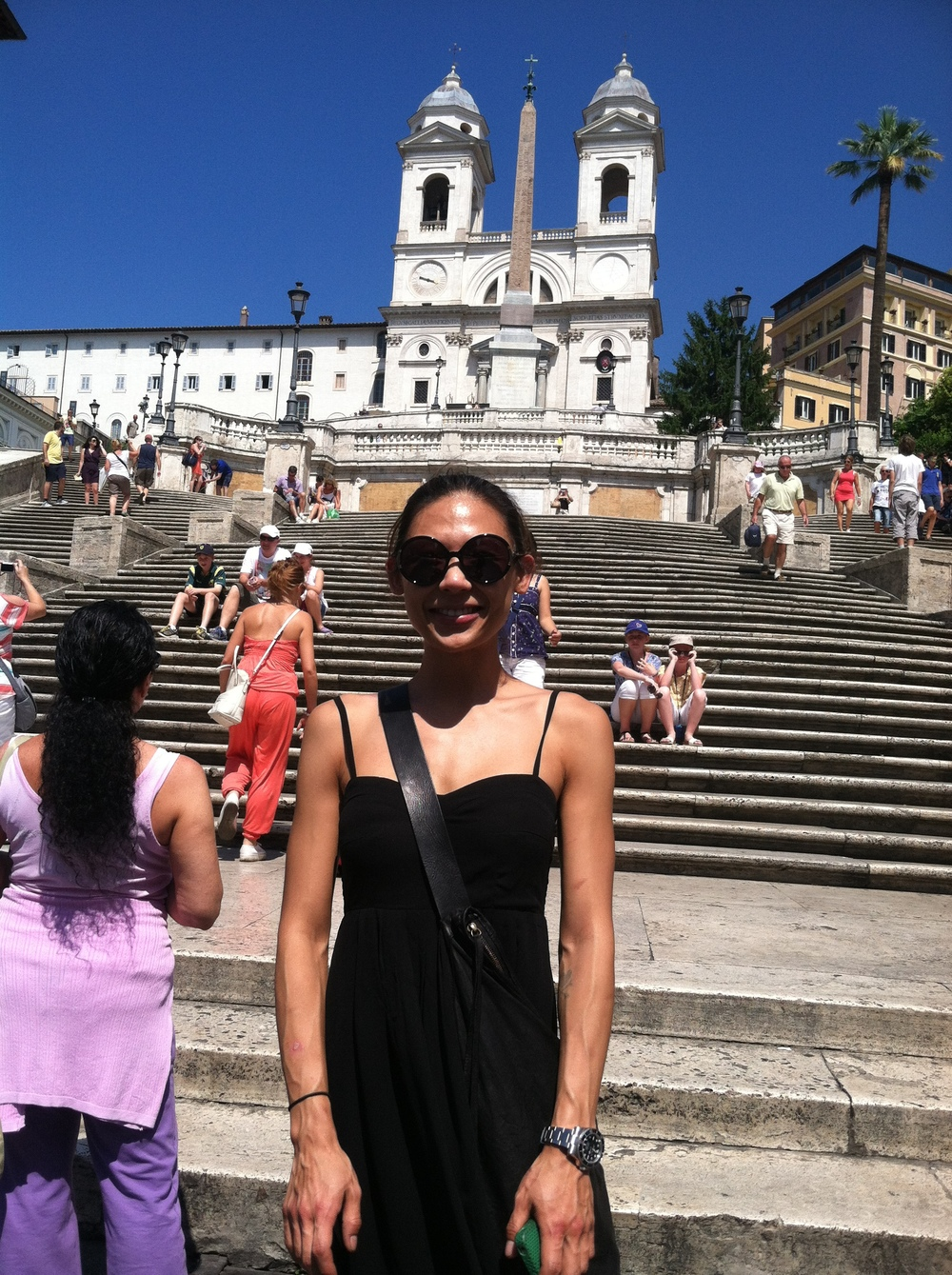 Go Go at the Pilar Steps