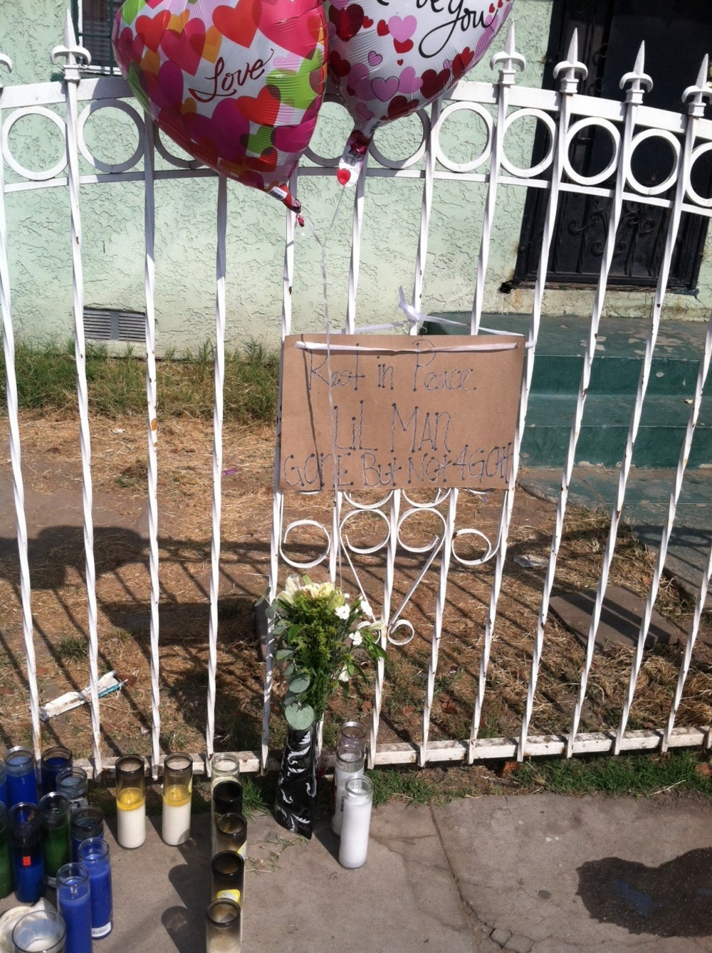 "Memorial for Anthony ""Lil Man"" Anderson on 90th and San Pedro"