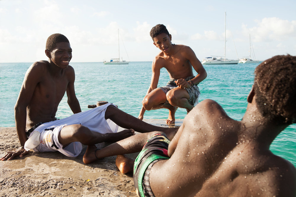 st_barts_boys_on_pier_IMG_4009_retouched_websize.jpg