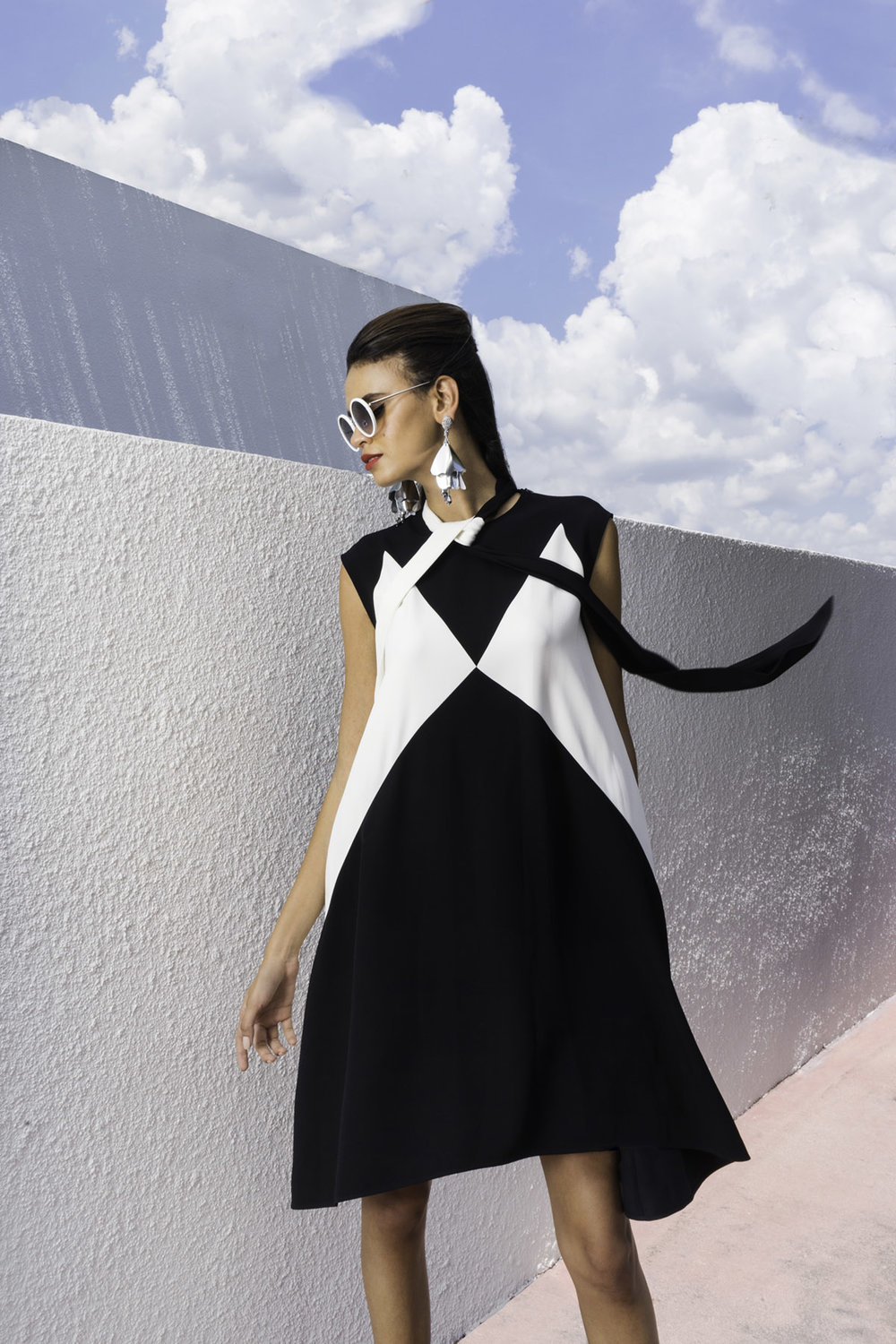 Earrings, Oscar De La Renta, Sunglasses, Linda Farrow, Dress, Givenchy