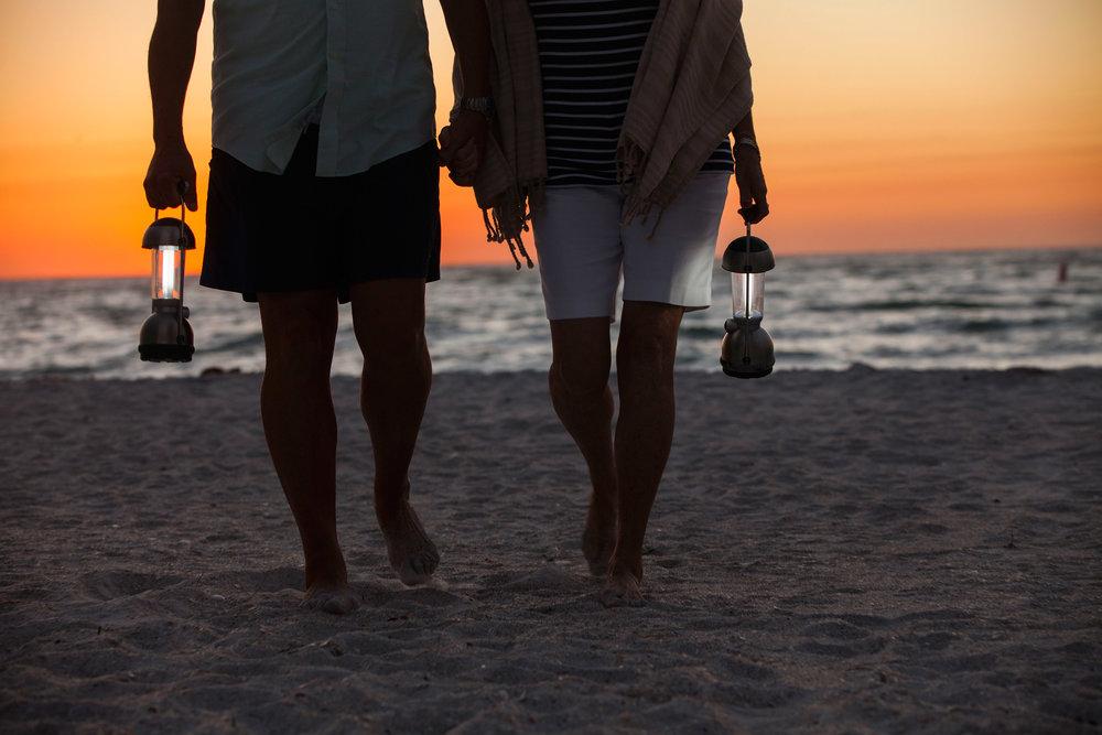 Day1_older_couple_at_sunset-7825_hr.jpg