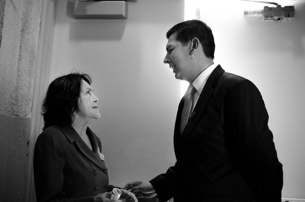 Mayoral candidate, David Alvarez, meets with civil rights leader and labor activist, Dolores Huerta, after a campaigning event. San Diego, 2014