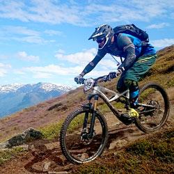 skykkel-og-ski-KVADRATISK.jpg