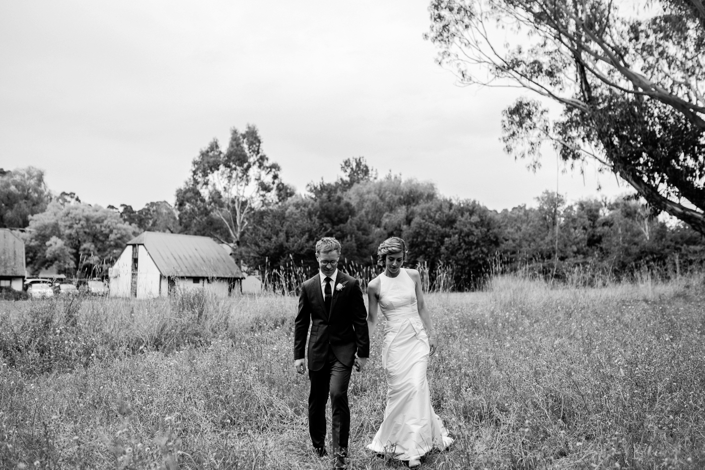 Liam bec white house adelaide hills wedding natural wedding photography in adelaide