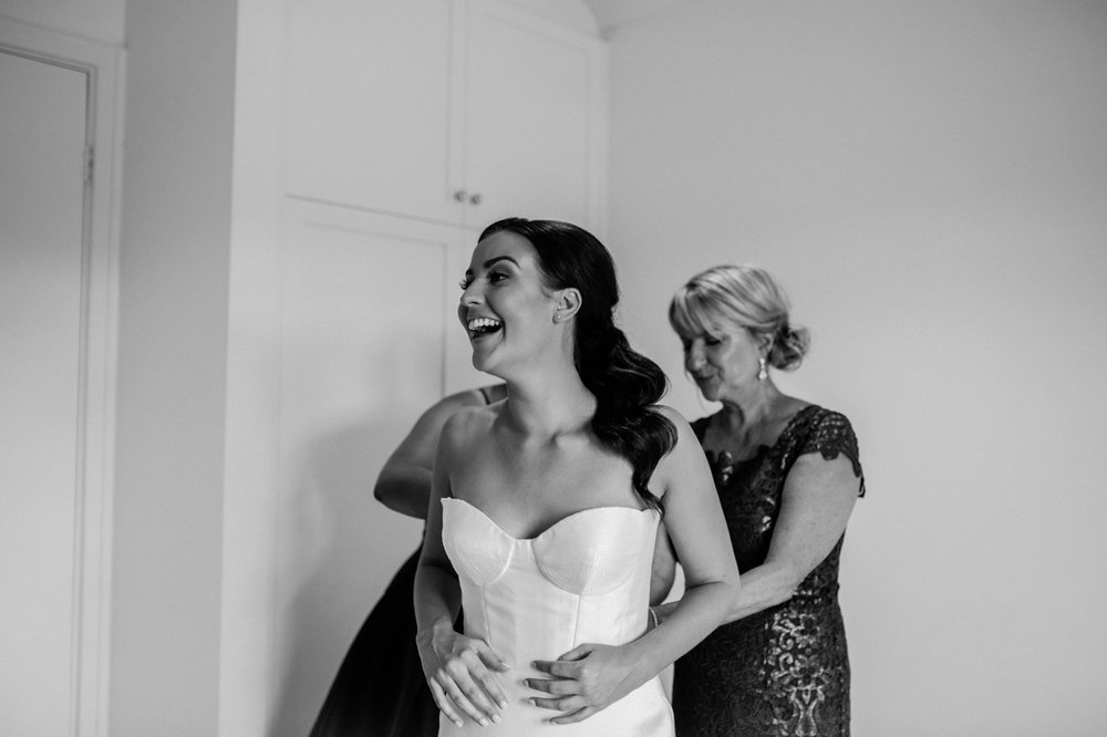 Sarah & Jamie - Kingsbrook Estate Wedding Photography - Natural wedding photographer in Adelaide - www.katherineschultzphotography.com 18