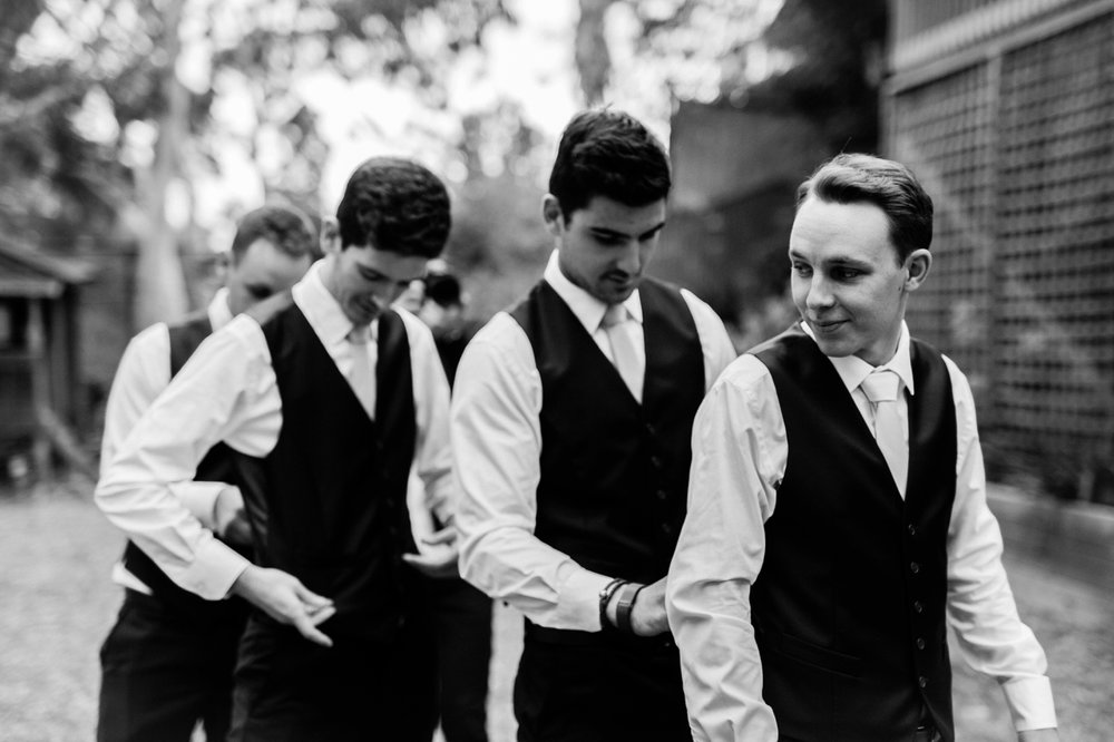 Jasmine and Adam - Natural wedding photographer in Adelaide - Candid Wedding Photographer Adelaide - www.katherineschultzphotography.com 3