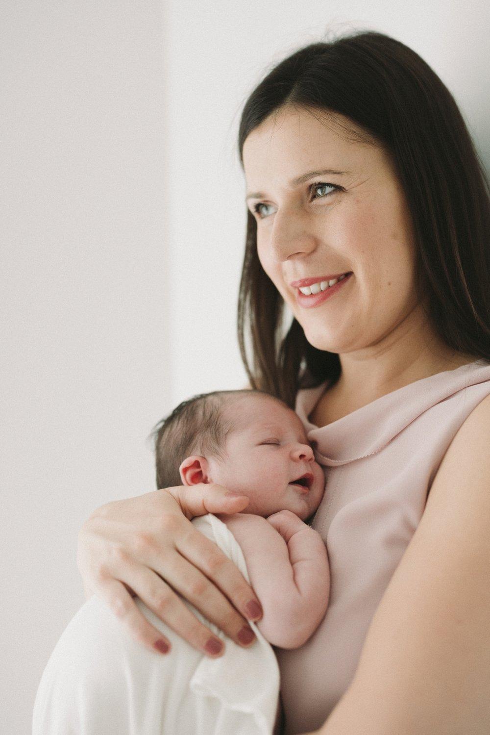 Josephine - Natural Newborn Photography in Adelaide - Simple and beautiful newborn photographer - Katherine Schultz - www.katherineschultzphotography.com_0048.jpg