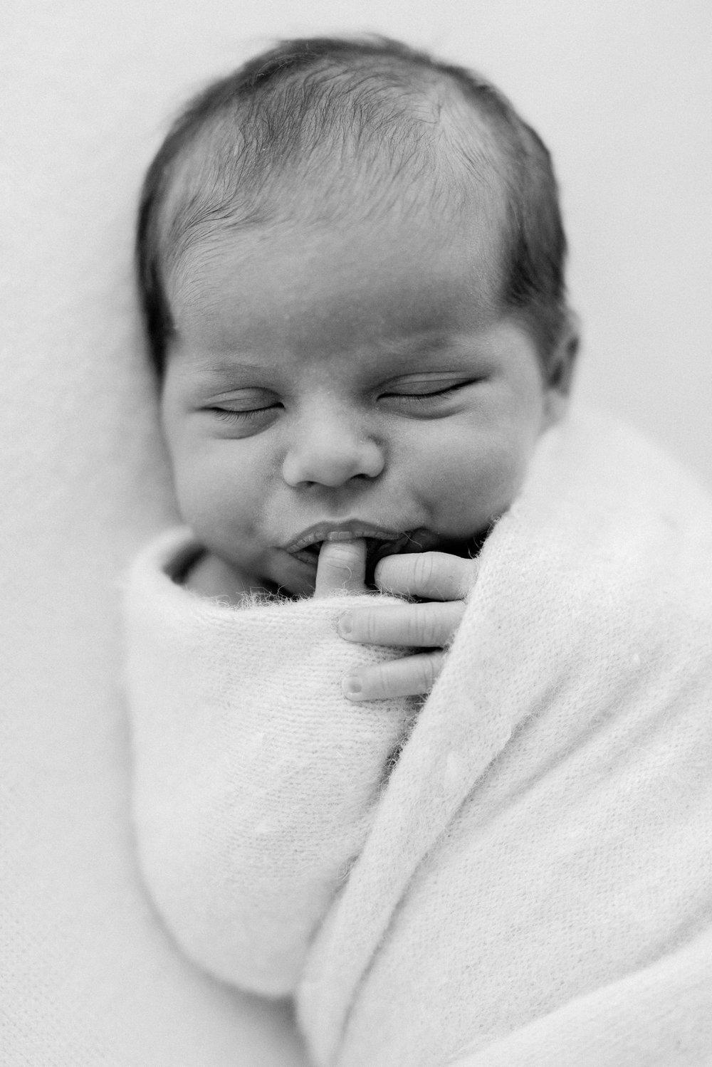 Baby Sienna - Natural Newborn Photography in Adelaide - Simple Newborn Photography - Beautiful Newborn Photography - Katherine Schultz - www.katherineschultzphotography.com_0007.jpg