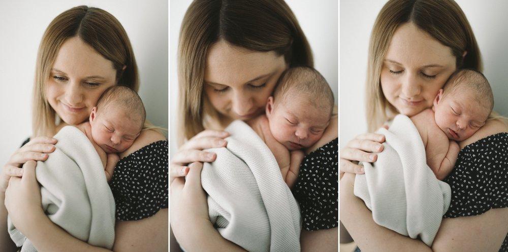 Baby Zaidee - Natural Newborn Photography in Adelaide - Simple Newborn Photography - Beautiful Newborn Photography - Katherine Schultz - www.katherineschultzphotography.com_0012.jpg