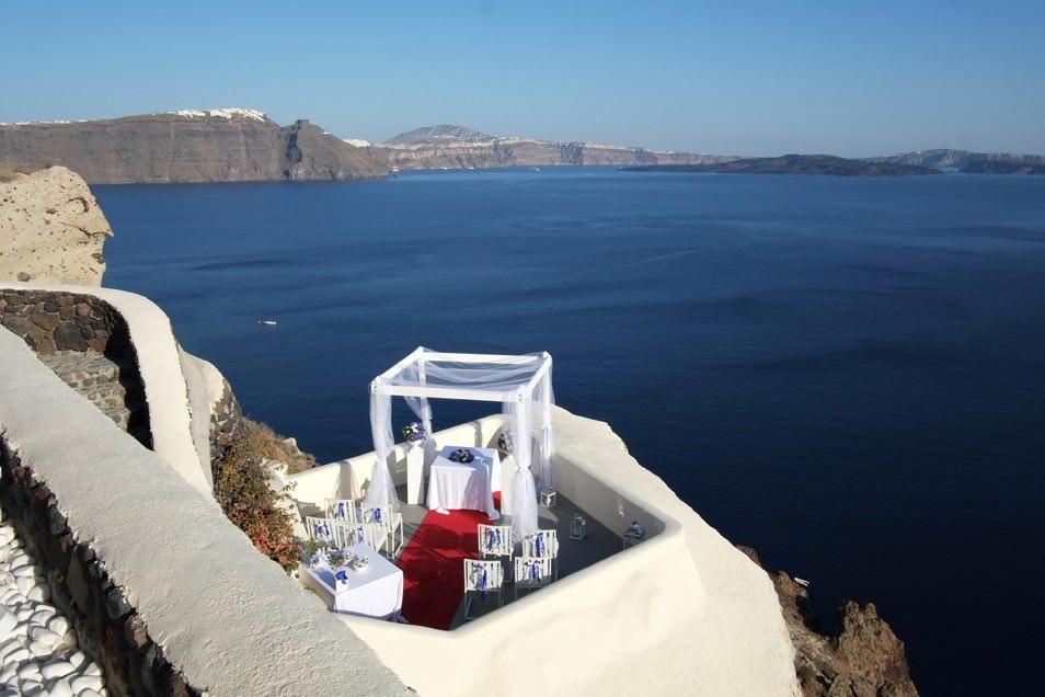 canaves_oia_suites_weddings-18.jpg