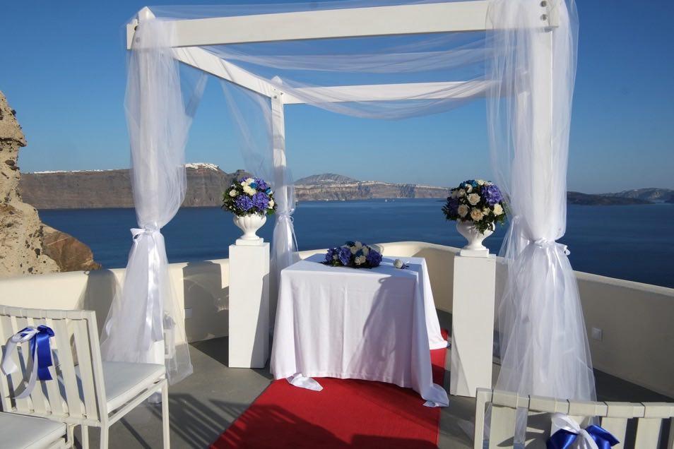 canaves_oia_suites_weddings-19.jpg