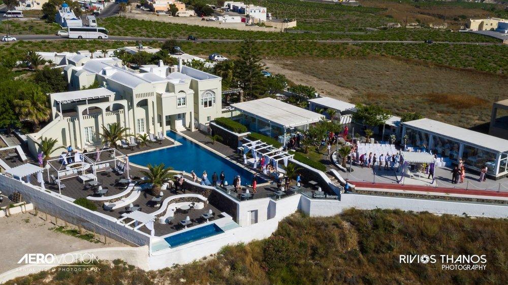 Caldera view - CEREMONIES. RECEPTIONS and Villa (crdeit - Thanos Rivios)