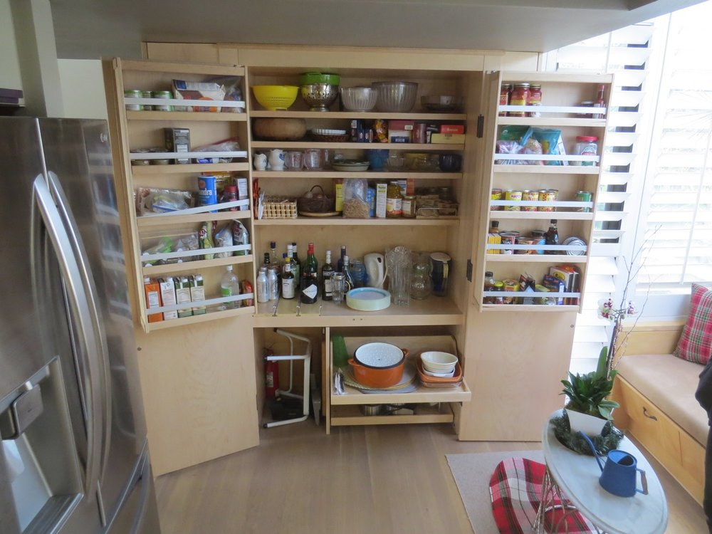 Kitchen2_Pantry.jpg