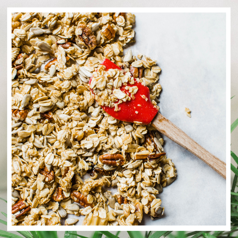 CHEATER GRANOLA FOR LAZY PEOPLE - Delicious, homemade, granola in under 10 minutes!