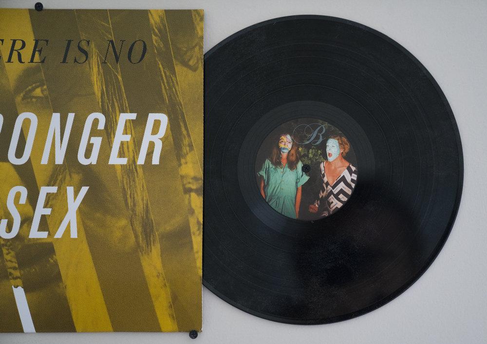 strongersex_vinyl39.JPG