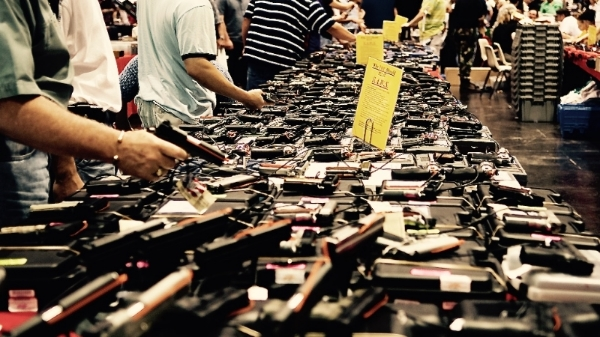 Gun Show by M&R Glasgow via Flickr