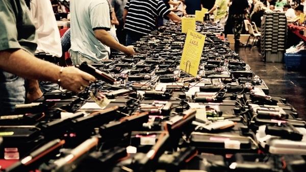 Gun Show by M&R Glasgow via Flickr