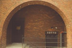 Blog_Sotto_Facade-300x200.jpg