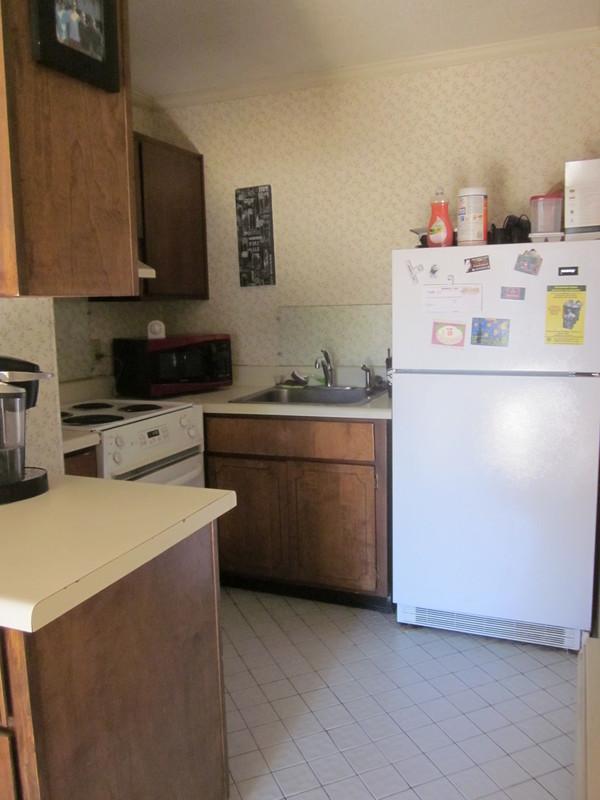 Hillside_2_kitchen.sized.jpg