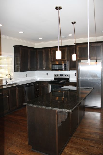 455 Willow Kitchen 2.jpg