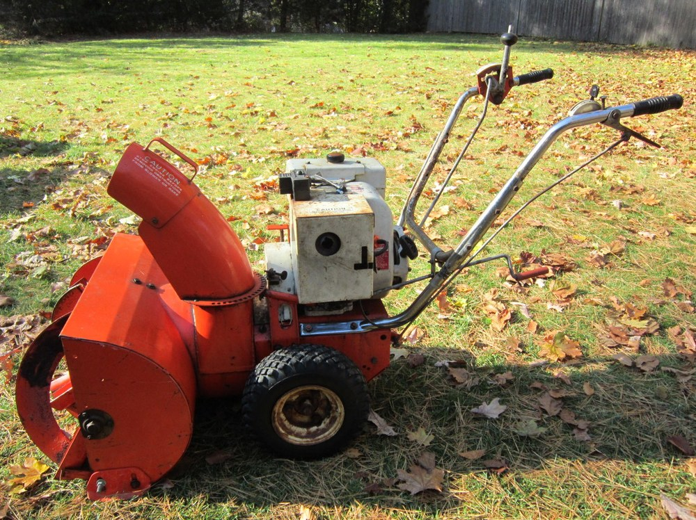 Early-1960s Ariens 824