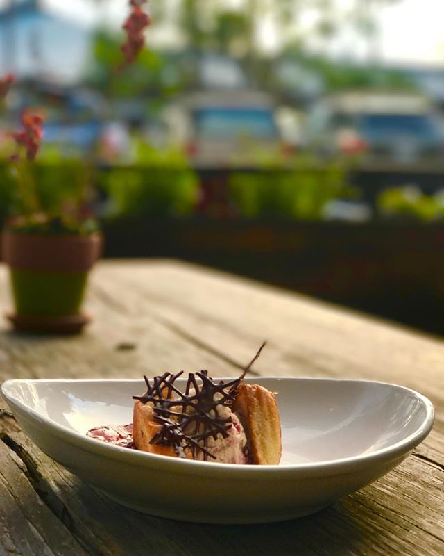Peanut Butter and Jealous is this week's #Wanderlust dessert featuring a peanut butter & strawberry jelly ice cream, sugar-toasted brioche and candied bacon. 🥜🍓🍨🥓👅 . . . . . #peanutbutterandjelly #bacon #instasweet #instadessert #icecream #dessert #summertime #instadaily #igfood #igfoodie #instafood #instafoodie #foodie #foodiegram #foodstagram #foodgram #foodphotography #eaterla #dinela #infatuationla #feastagram #forkyeah #grubstreet #buzzfeast #eeeeeats #huffposttaste #foodbeast