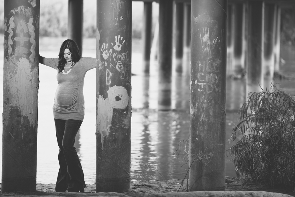 Maternity Session-3.jpg