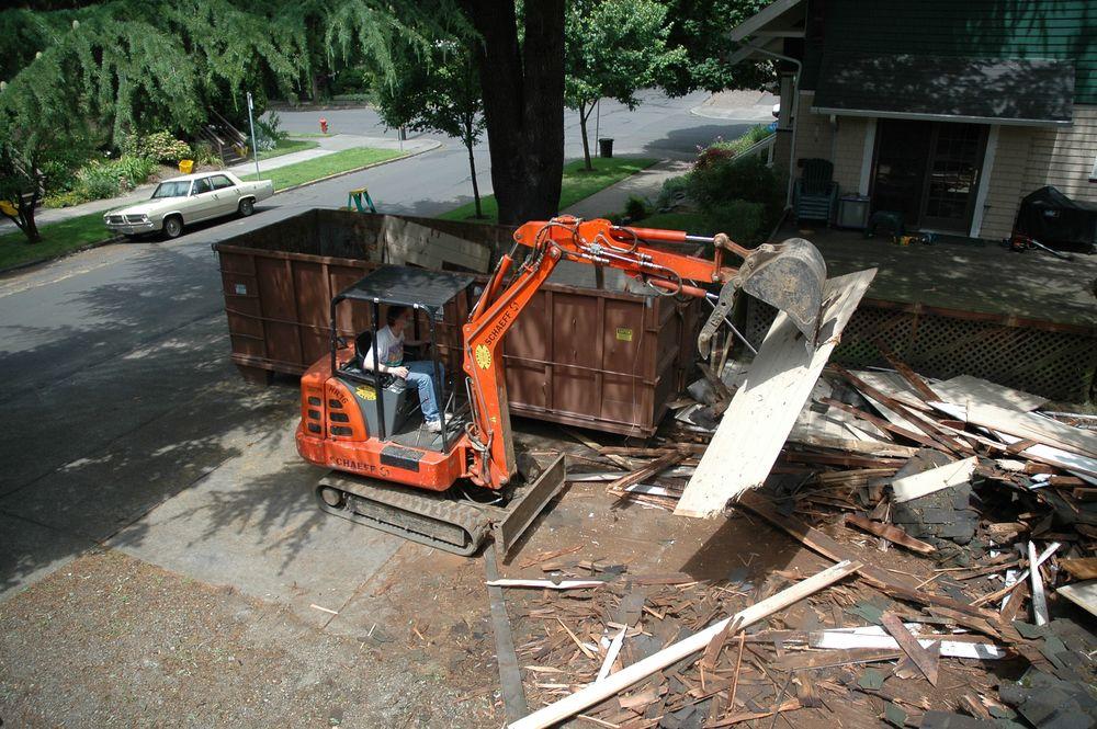 2005 Q2 Garage037.jpg