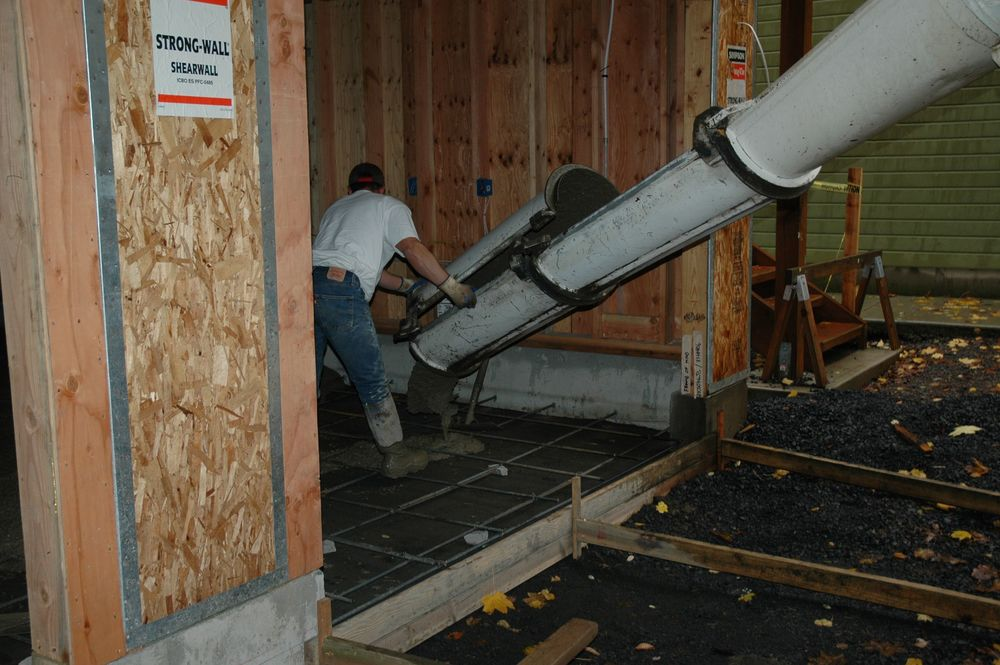 2005 Q4 Garage050.jpg