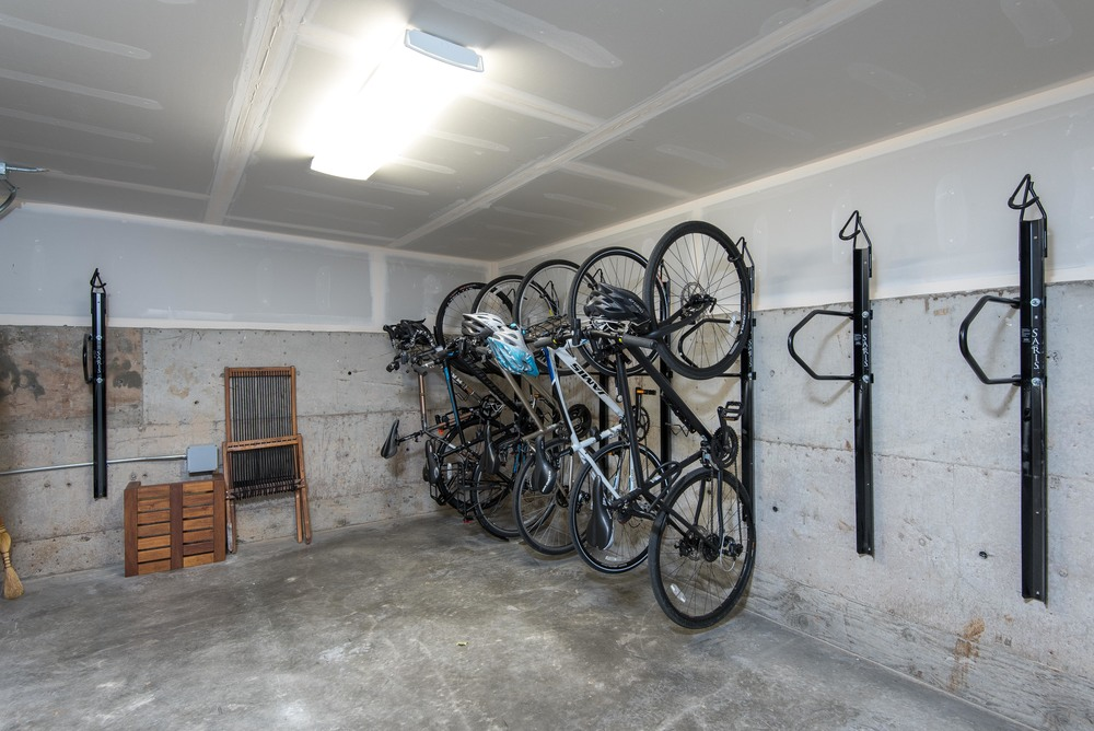 2520 SE Madison Bike Bunker.jpg