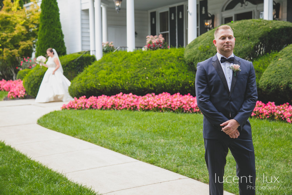 Mansion_Valley_Country_Club_Towson_Maryland_Wedding_Photography-105.jpg