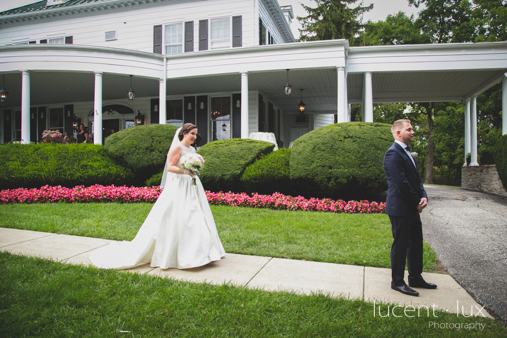 Mansion_Valley_Country_Club_Towson_Maryland_Wedding_Photography-106.jpg