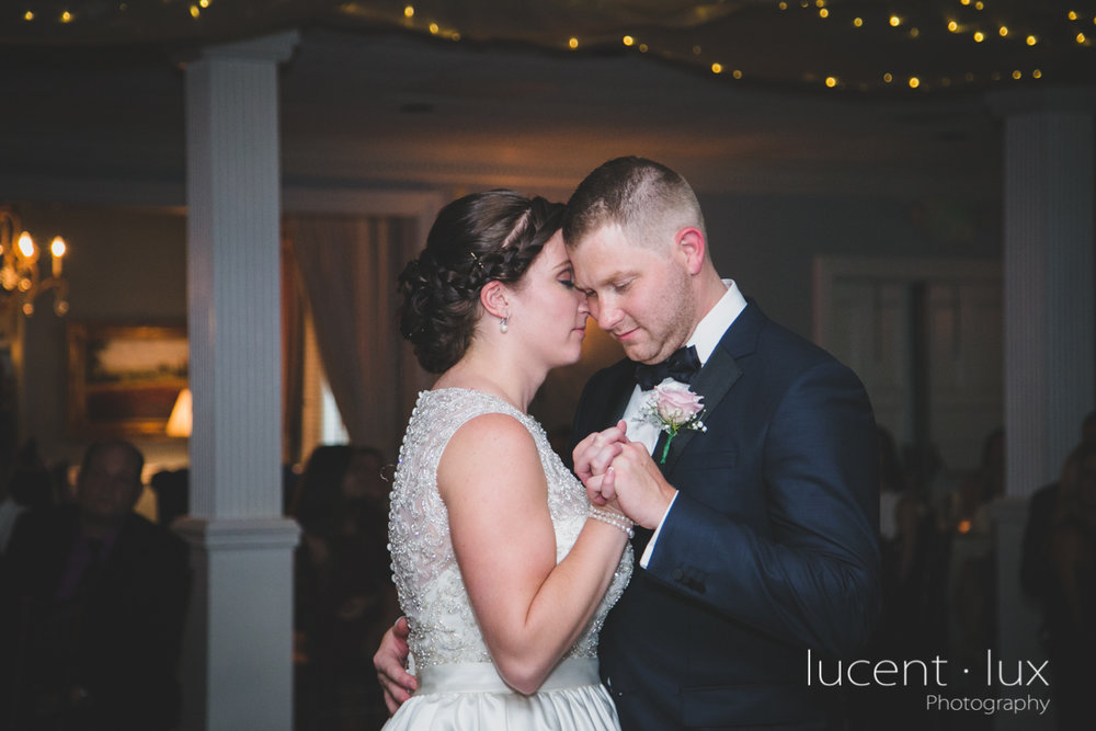 Mansion_Valley_Country_Club_Towson_Maryland_Wedding_Photography-153.jpg
