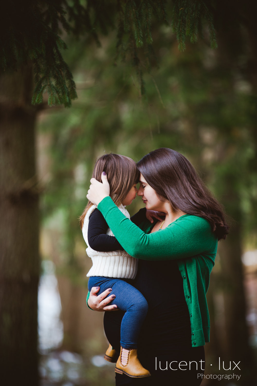 Maternity-and-Newborn-Photographer-Baltimore-Maryland-Piney-Run-State-Park-Family-Portrait-107.jpg