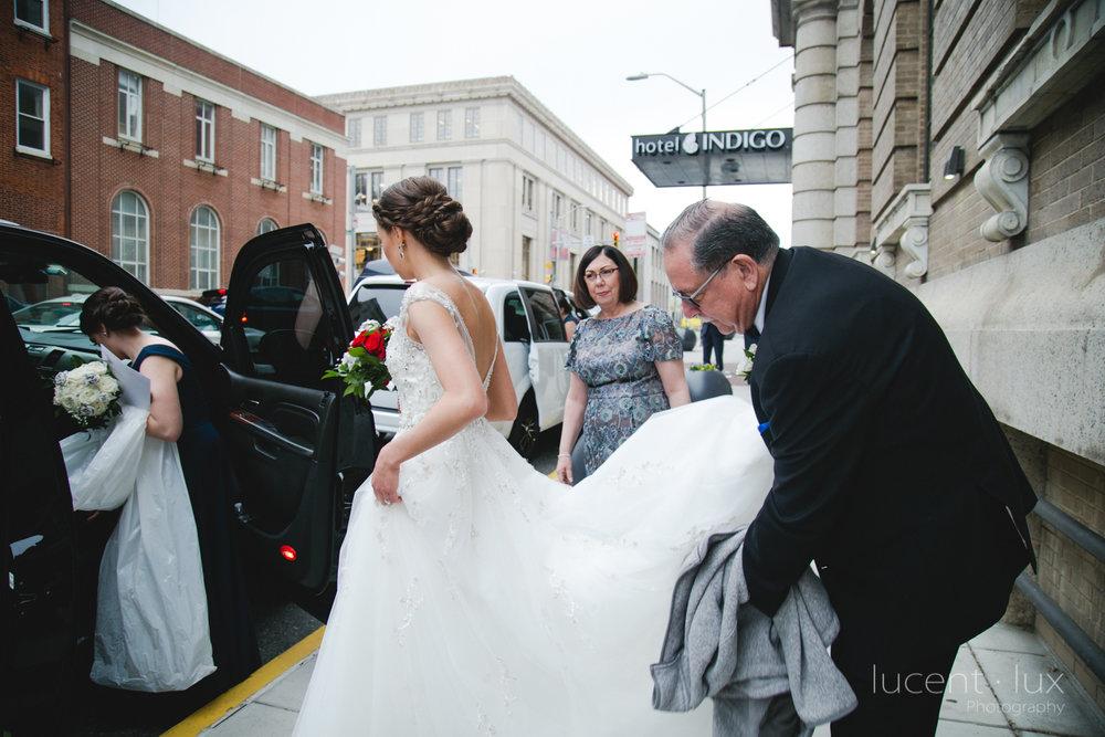 Peabody-Library-Wedding-Photography-Baltimore-Maryland-Wedding-Photographers-Balitmore-Maryland-114.jpg