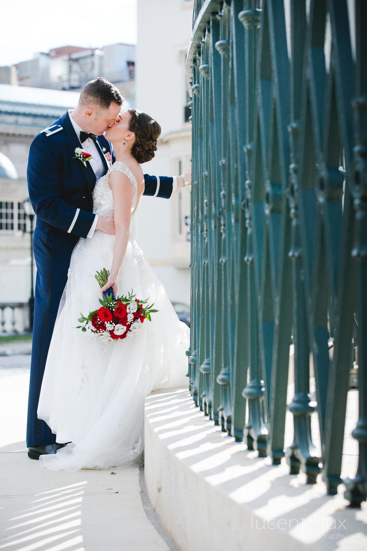 Peabody-Library-Wedding-Photography-Baltimore-Maryland-Wedding-Photographers-Balitmore-Maryland-124.jpg