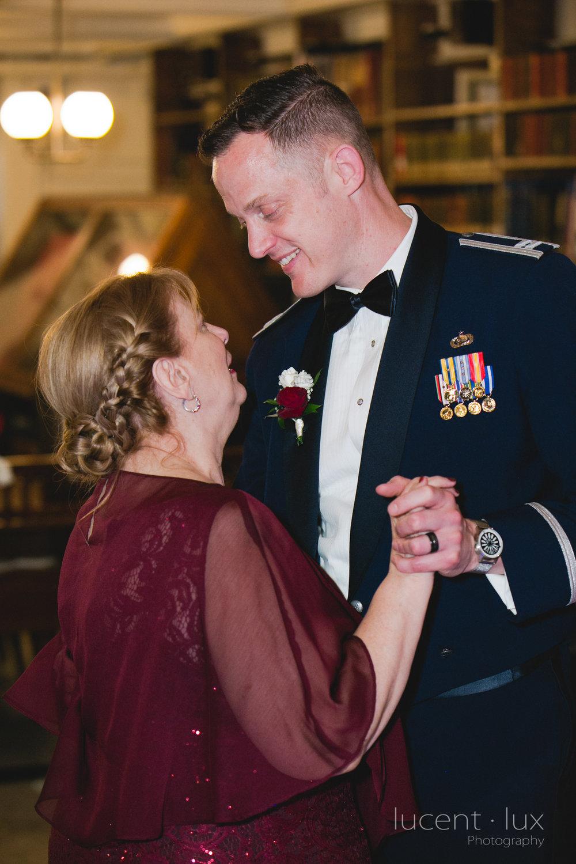 Peabody-Library-Wedding-Photography-Baltimore-Maryland-Wedding-Photographers-Balitmore-Maryland-170.jpg