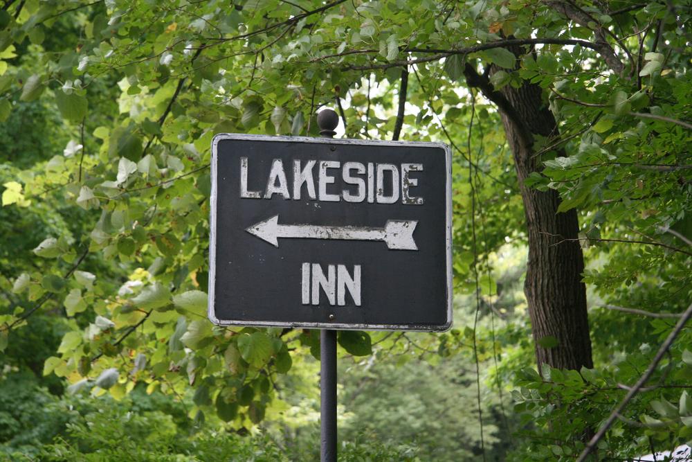 LakesideInn.jpg