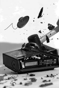 broken_radio1