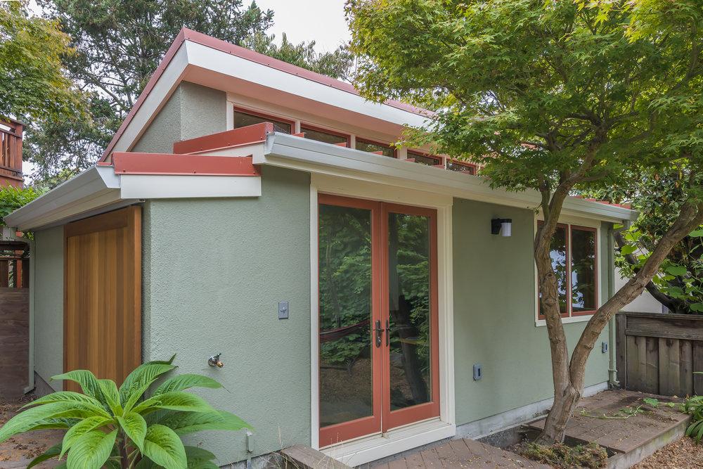 cottage-1.jpg