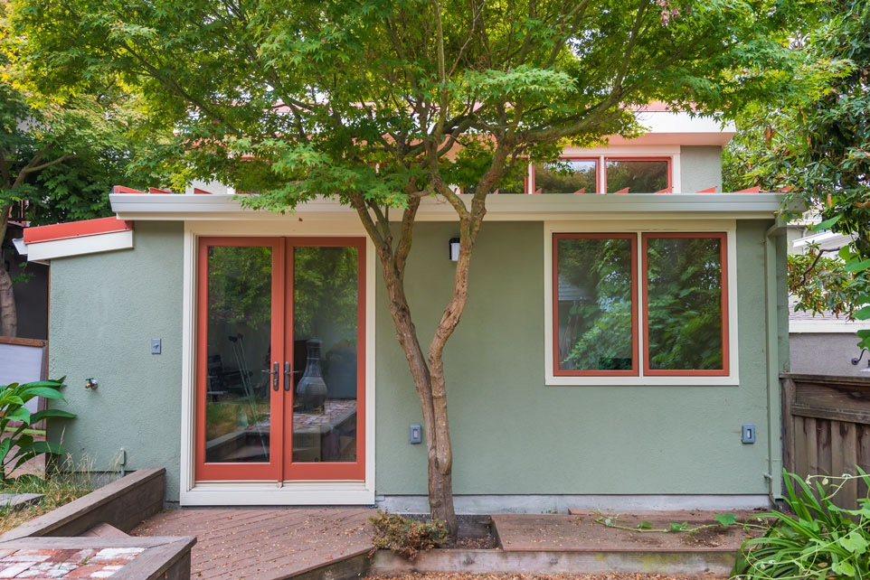 cottage-2.jpg