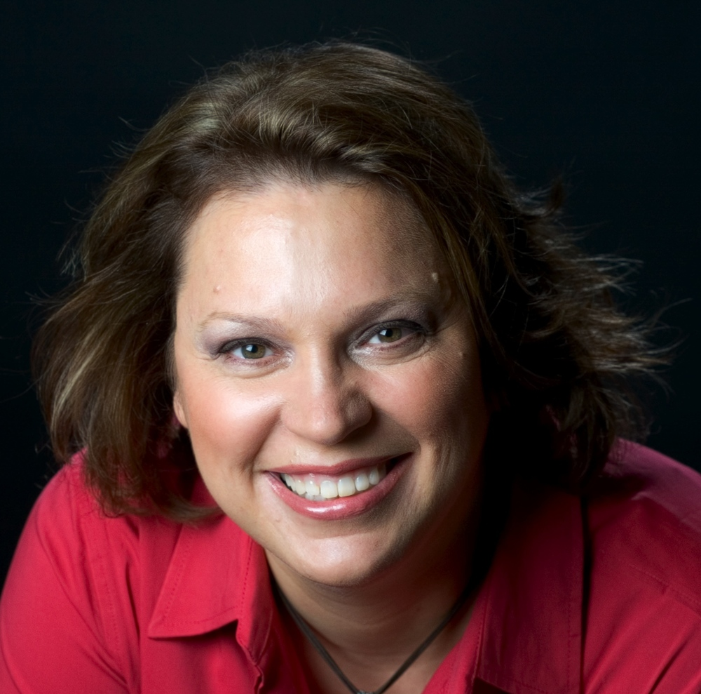 Visit Lisa at www.lisabmarshall.com   and www.smarttalksuccess.com