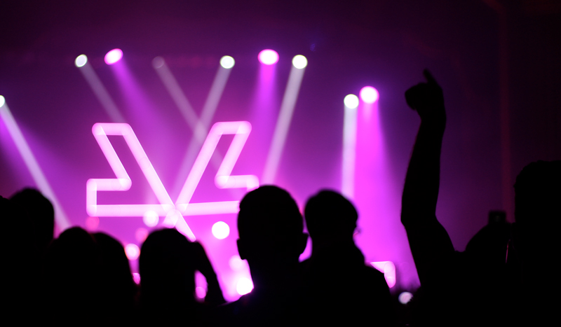 Chrvrches06_web.jpg