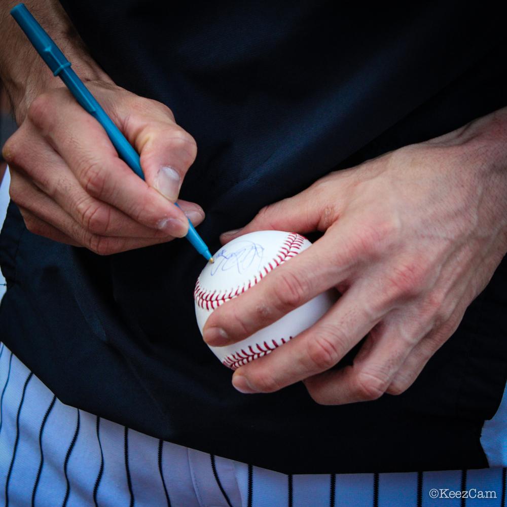 Ichiro autograph