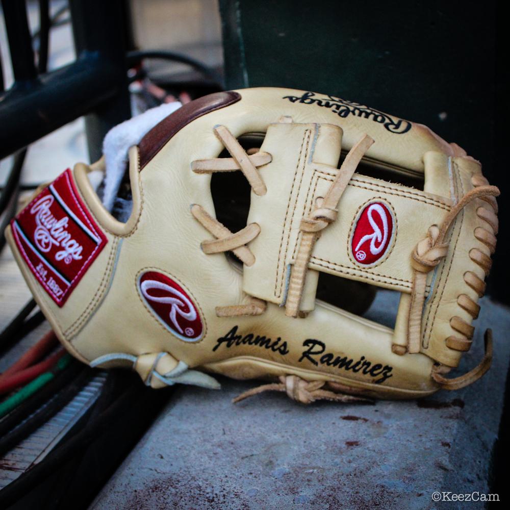Aramis Ramirez Glove