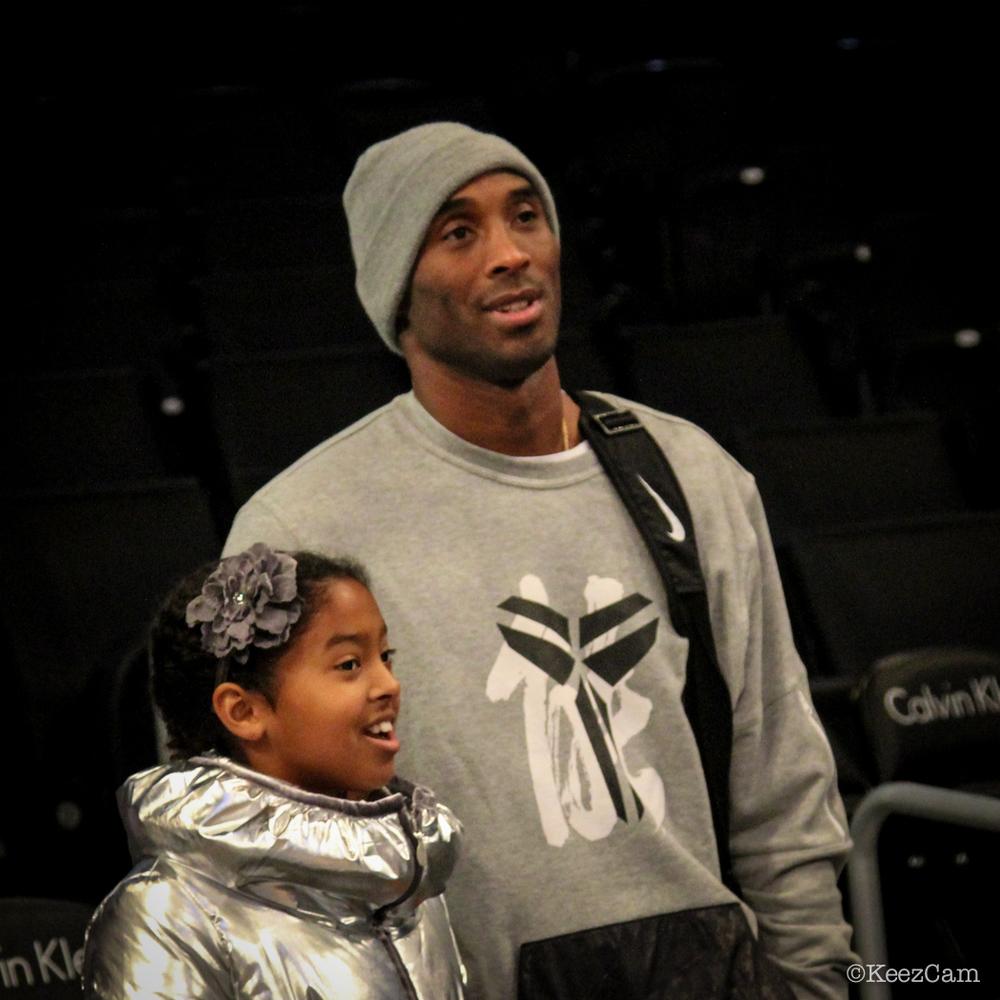 Kobe & his princess soak in Brooklyn