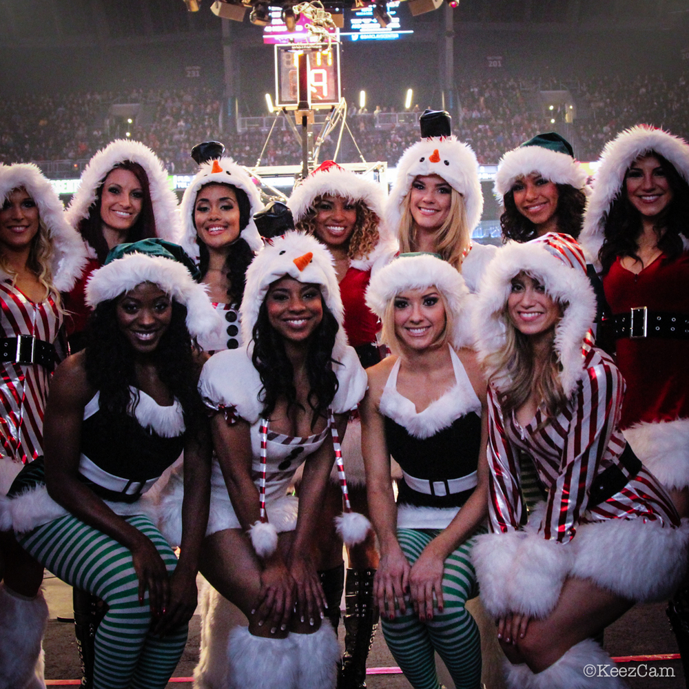 The Brooklynettes bringing the holiday cheer.