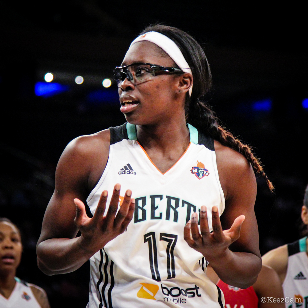 New York Liberty G/F Essence Carson