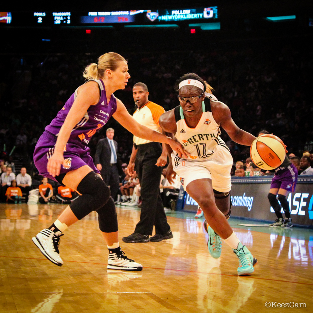 Penny Taylor & Essence Carson