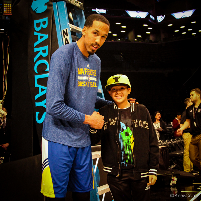 Shaun Livingston & young NBA fan